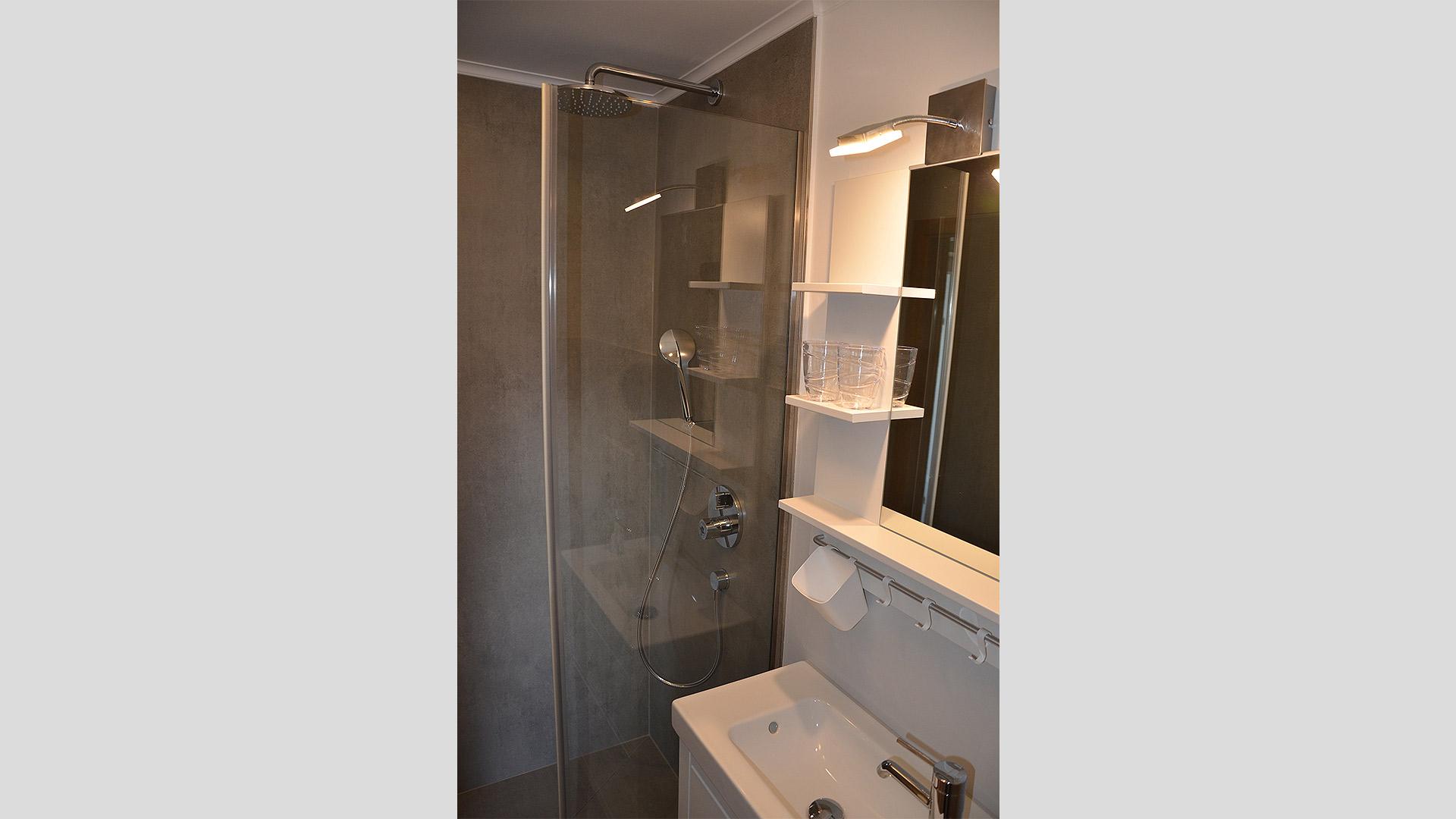 kleines-Badezimmer